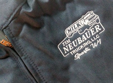 Tim Neubauer Trucking – Red Kap Jackets